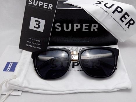 SUPER People Francis Black & Gold