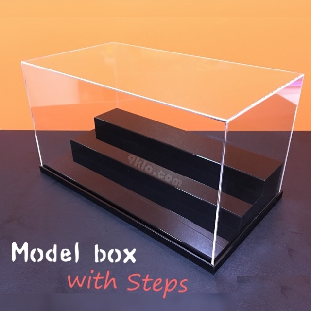 30x20x30cm กล่องโชว์ พร้อมบันได 3 ขั้น แนวนอน อะครีลิค2mm [**สินค้าพร้อมส่ง สั่งได้เลย] EMS