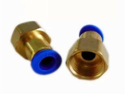 """ข้อต่อทองเหลืองเกลียวใน 4 หุน ( 1/2"""" ) x เสียบสาย 6 mm ( 6-04 )"""