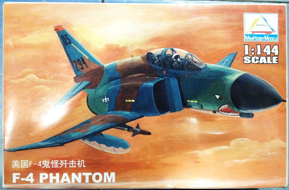 1/144 F-4 PHANTOM