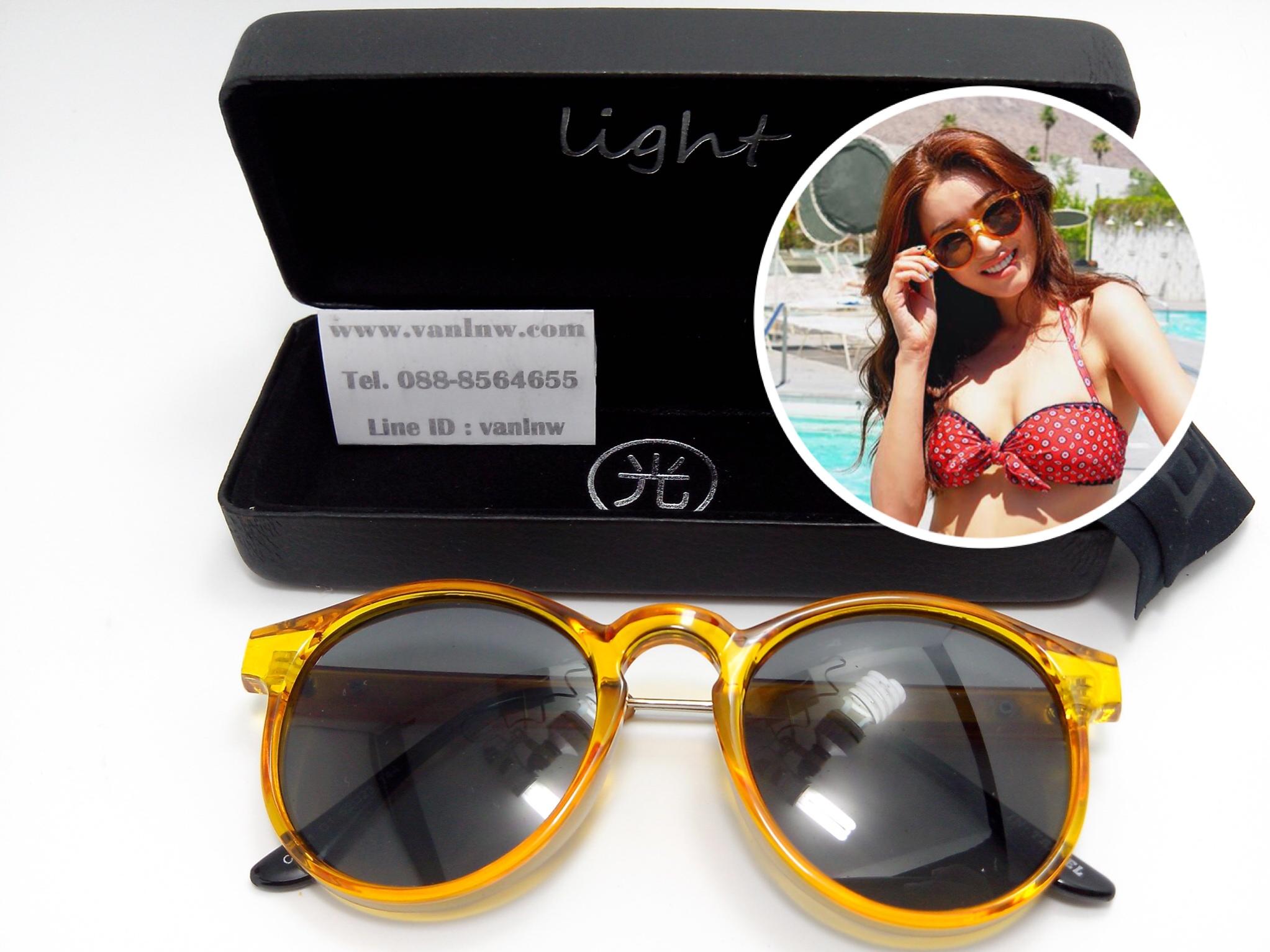 แว่นกันแดดแฟชั่น C6811 C1 52-23 144 <ส้ม>