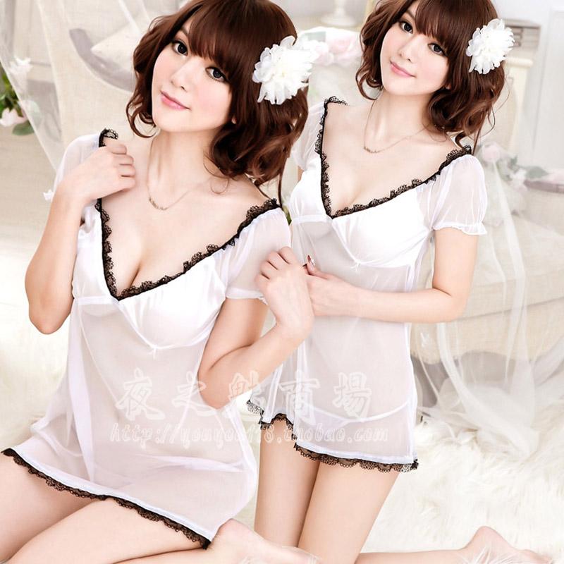 2in1 Sexy Dress ชุดนอนเซ็กซี่ผ้าซีทรูเดรสคอวีสีขาวราวเจ้าหญิง พร้อมจีสตริง 8235