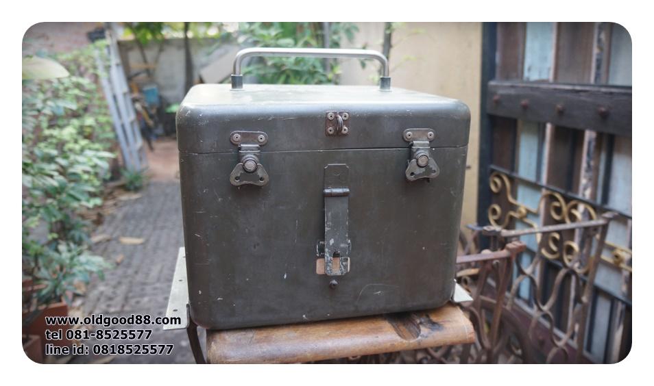 กล่องโลหะใช้บนเครื่องบินทหาร รหัส7261sa