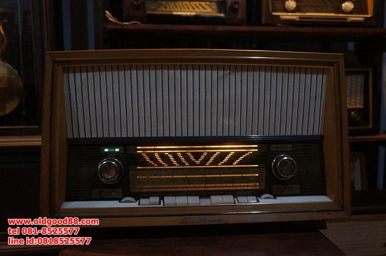 วิทยุหลอดschaub lorenz ปี1962 รหัส19760sh