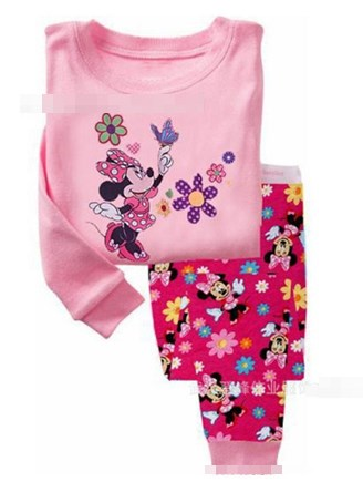 Baby Gap ชุดนอนแขน-ขายาว ลายมินนี่ Minnie สีชมพู กางเกงเป็นแบบต่อก้น รุ่นนี้ผ้าดี นุ่มใส่สบายค่ะ size 4T