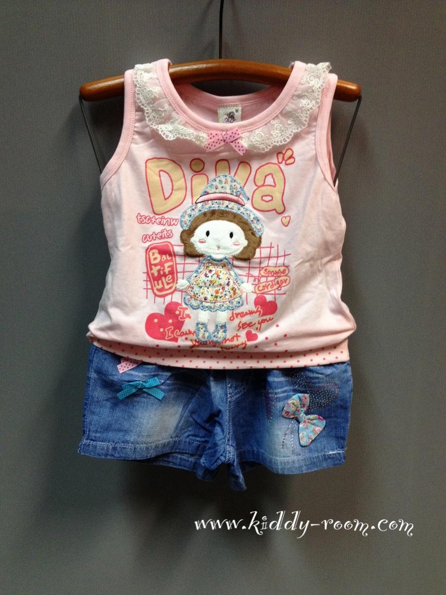 เซ็ท 2 ชิ้น เสื้อยืดแขนกุด ลายเด็กผู้หญิง Diva คอระบาย เอวจั๊ม พร้อมกางเกงยีนส์ขาสั้น เข้าชุดกัน ใส่สบายๆ น่าร๊ากมากค่ะ สีชมพู / สีขาว size 100-130