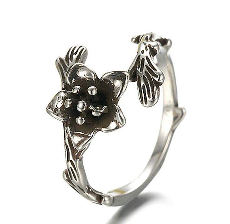 Vintage Flower Open Ring แหวนวินเทจรูปดอกไม้ ปลายเปิด
