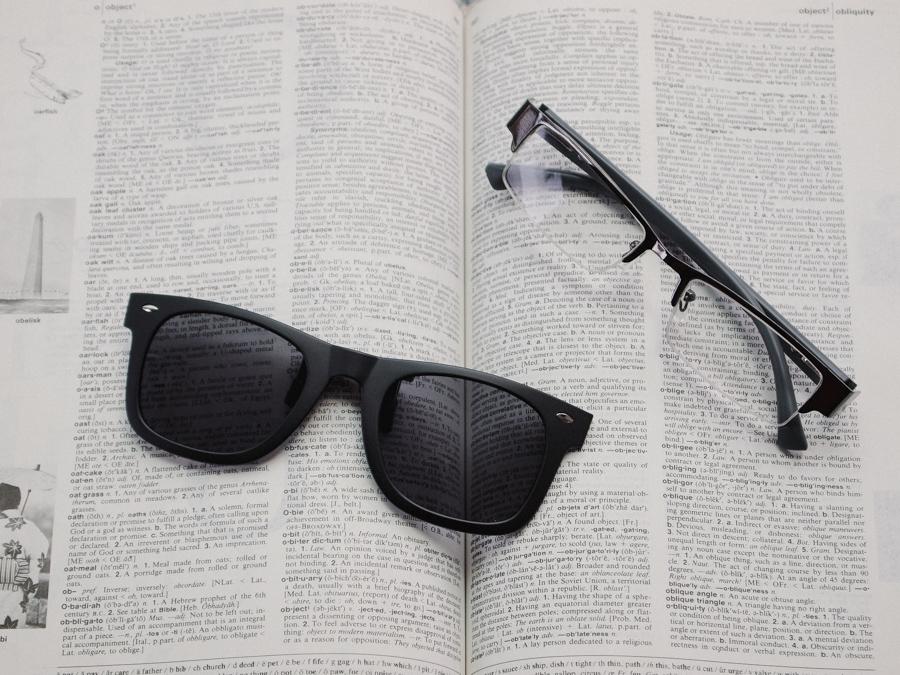 แว่นกันแดด