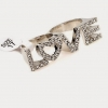 Silver LOVE Double Ring แหวนคู่สีเงินหล่ออักษร LOVE แต่งคริสตัล สวยมากค่ะ