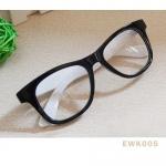 แว่นตาแฟชั่น เกาหลี EWK005 กรอบดำ ขาสีขาว