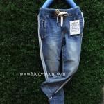กางเกงยีนส์ฟอก ผ้าเกาหลี เนื้อนิ่ม ผ้าดีม๊ากขอบอก ทรงสวย มีแทบข้าง ขาจั๊ม ดูสปอร์ตๆ เก๋ๆ น่ารักมากๆค่ะ size 7