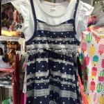 (เด็กเล็ก) ชุดกระโปรงผ้ายืด เสื้อตัวในสีขาว ติดกับเอี๊ยมกระโปรง เอวรูดมีเชือกผูก ชุดนี้ก็น่ารักฝุดๆ ค่ะ / size 90-130 (1-4ปี)