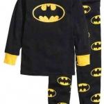 HM ชุดนอน/ชุดลำลองแขนยาว Batman ผ้ายืดนิ่มๆ ใส่สบายค่ะ มีไซส์เด็กโตมานะคะ size 5-6, 6-7, 8-9