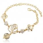 Romantic Gold Rose Bracelet สร้อยข้อมือรูปดอกกุหลาบสีทองแต่งคริสตัล สไตล์สุดหรู พร้อมถุงกำมะหยี่สีดำ