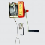 อุปกรณ์รอกนิรภัยแบบมือหมุน 20-25 เมตร รุ่น PS8001 ใช้ร่วมกับอุปกรณ์ 3 ขา (Rescue Winch)