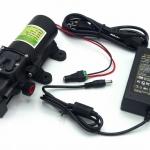 """ปั๊มน้ำ ปั๊มพ่นยา DC12V GREEN-03แรงดัน 8 บาร์ แบบเกลียวนอก 1/2""""( Pressure switch ) + Adapter 12VDC 5A 5.5 mm. x 2.5 mm. รุ่น YU1205 + แจ็ค DC ( ตัวเมีย )"""
