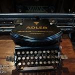 เครื่องพิมพ์ดีดadler รหัส10960ad2