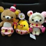 ตุ๊กตา ลาย Rilakkuma (หมีน้ำตาล) Korilakkuma (หมีสีครีม) และ Kiioritori โทริ ลูกเจี๊ยบ ขายเป็นเซ็ต