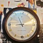 นาฬิกาควอทซ์ทรงกลมรหัส23258wc2