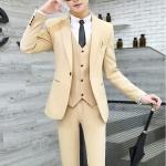 สูท,ชุดสูทเจ้าบ่าว,สูทผู้ชาย เกรดพรีเมี่ยม สีครีมทอง+เสื้อกั๊ก (หมด)