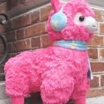 ตุ๊กตา อัลปาก้า Alpaca ชุดฤดูหนาว สีชมพูเข้ม ขนาดสูง 18 นิ้ว