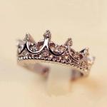 Crystal Crown Ring แหวนสีเงินรูปมงกุฏ แต่งคริสตัล สไตล์เกาหลี สวยมาก