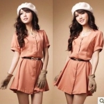 เสื้อผ้าแฟชั่นสไตส์เกาหลี เดรสยาวแขนสั้นติดกระดุม สีส้มอ่อน แถมเข็มขัด +พร้อมส่ง+