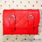กระเป๋าสะพายข้าง สีแดงสด เย็บเดินลายทั้งใบ ทรงกล่องสีเหลี่ยม
