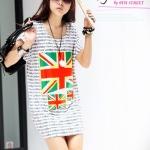 เสื้อผ้าแฟชั่นสไตส์เกาหลี เสื้อตัวยาวผ้ายืด พิมพ์ลายทั้งตัว พิมพ์ลายธงชาติหน้า-หลัง สีธงเขียว - แดง +พร้อมส่ง+