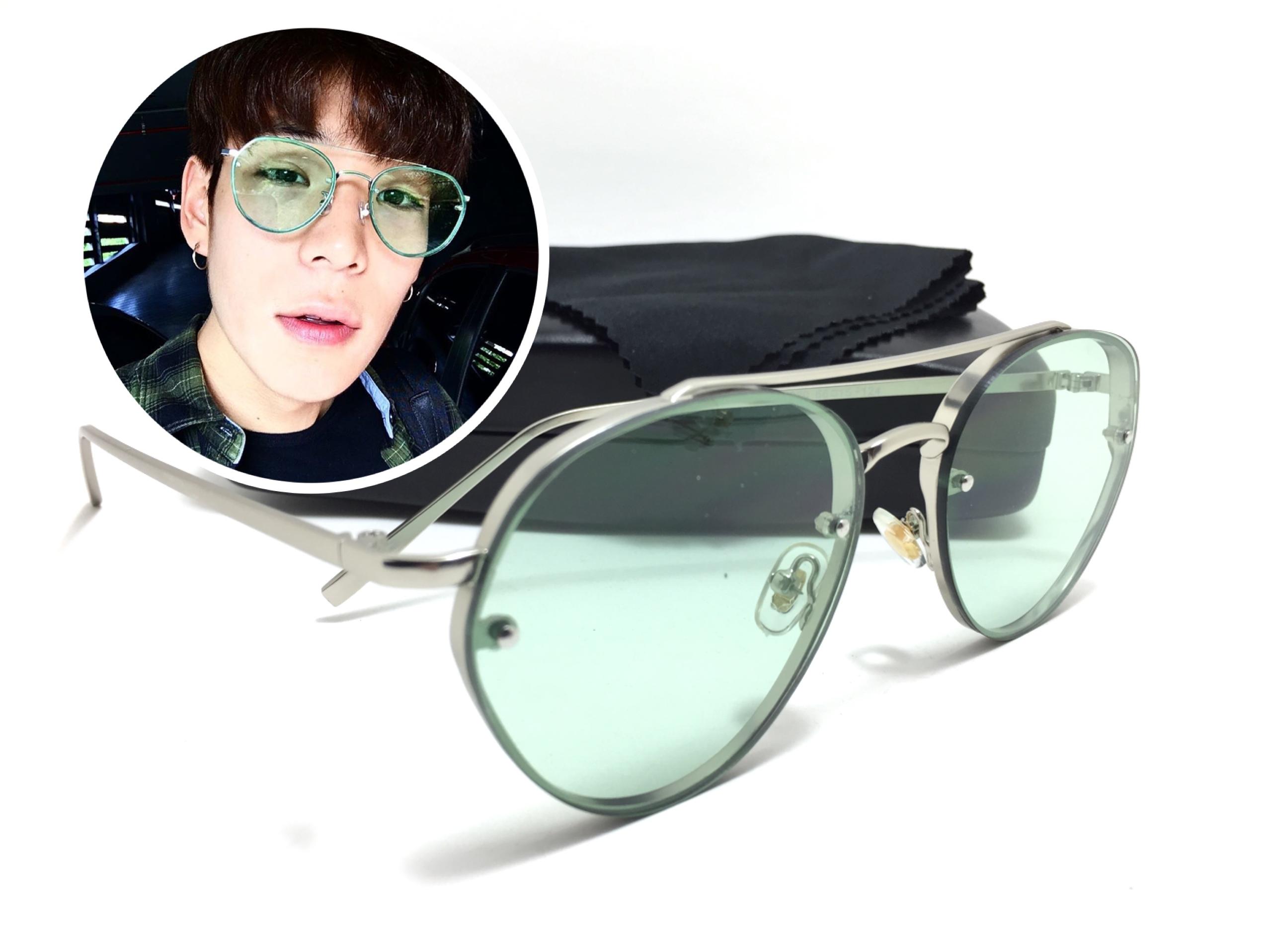 แว่นกันแดดแฟชั่น Silver Frame Green Sheet 2020 66-15 124 <เขียว>