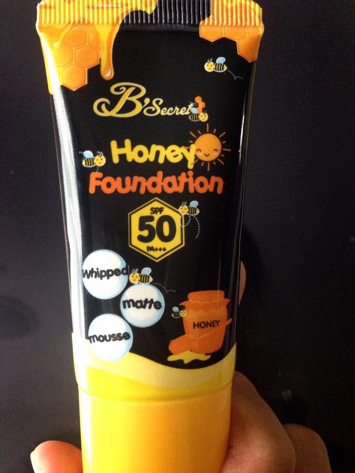 Honey Foundation by Bsecret W2M กันแดดน้ำผึ้งป่า 20 g.